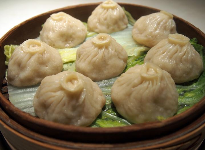 この料理に感動した『こだわりの一皿』|小籠包|新亞飯店|大門