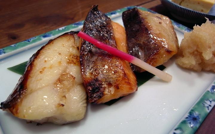 編集部が訪れた美味しい名店『足跡レストラン』|魚久 銀座店(イートインあじみせ)|銀座、東銀座