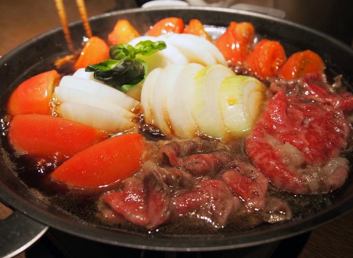 この料理に感動した『こだわりの一皿』|トマトすき焼き|三田ばさら|田町