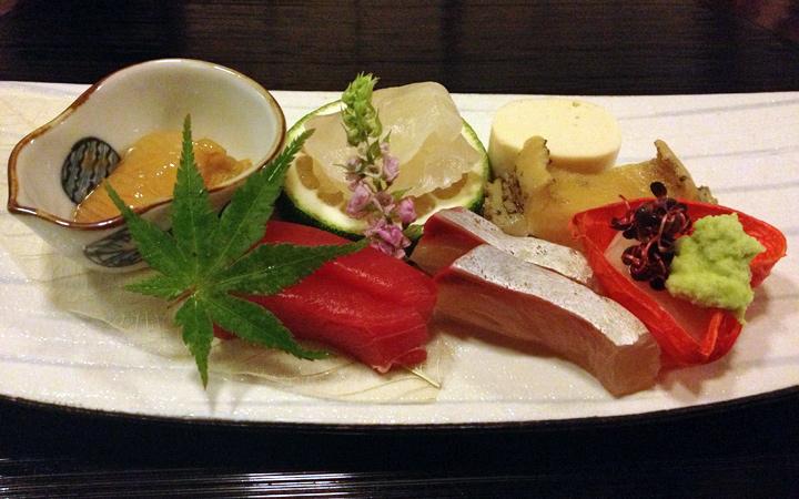 編集部が訪れた美味しい名店『足跡レストラン』|浅草 茶寮一松|浅草