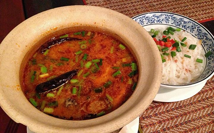 編集部が訪れた美味しい名店『足跡レストラン』|MAI-THAI|恵比寿