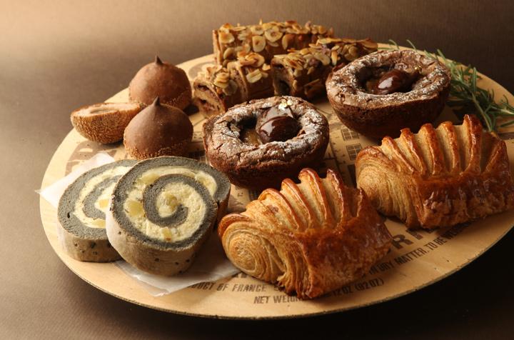 |季節のおくりもの|秋の味覚を手土産に「ジョエル・ロブション」の秋の収穫祭限定のパンとスイーツ