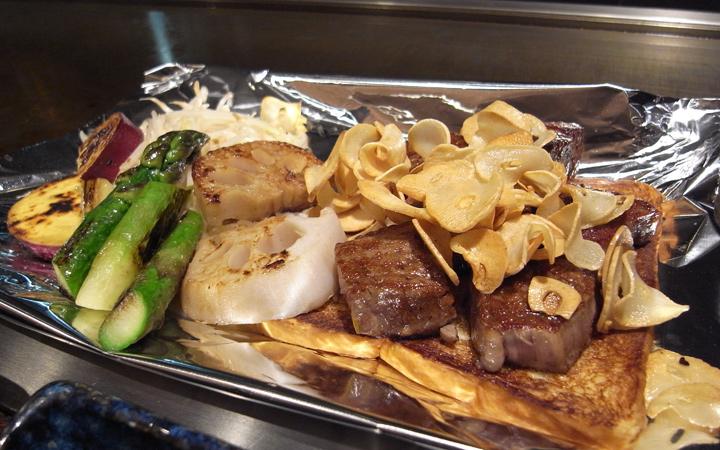 編集部が訪れた美味しい名店『足跡レストラン』|鉄板焼よしむら|広尾