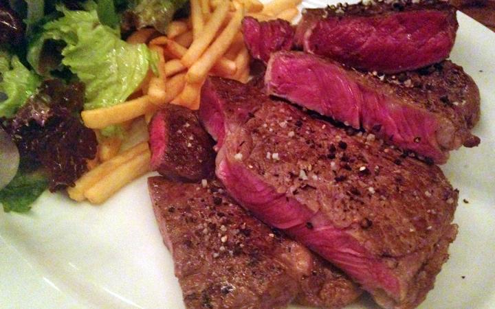 編集部が訪れた美味しい名店『足跡レストラン』|Meat & Bakery TAVERN|中目黒