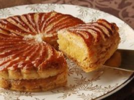 |季節のおくりもの|新年の手土産に!新年を祝うフランスの伝統菓子「Galette des rois」