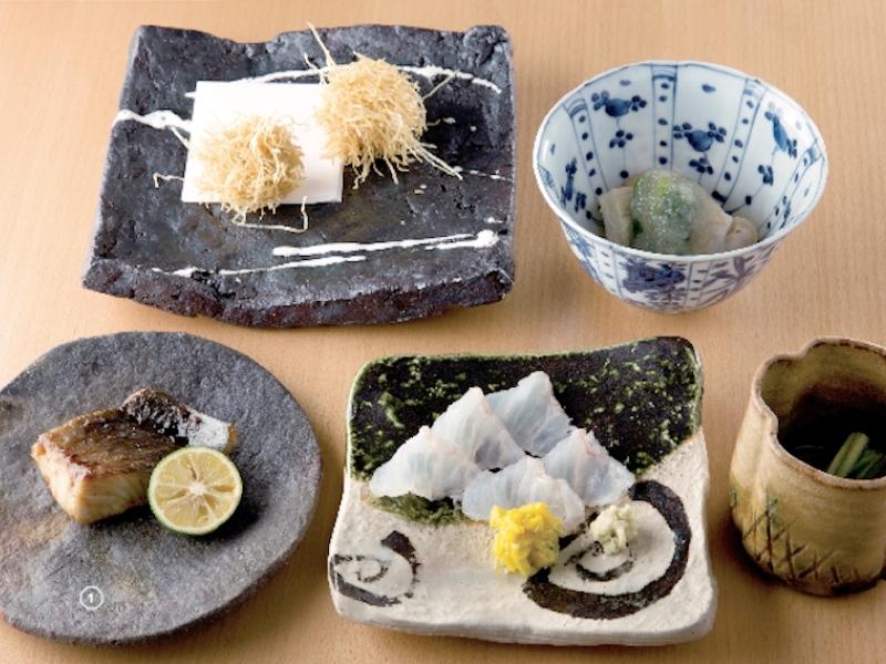 """#2 無駄を取り除いたシンプルな料理と器の妙 """"わび・さび""""の境地で和食の真髄を味わう"""