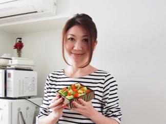 """【料理家ラボ】市橋 有里さん """"同じ素材で2パターンを演出。 お手軽な行楽弁当をご紹介。"""""""