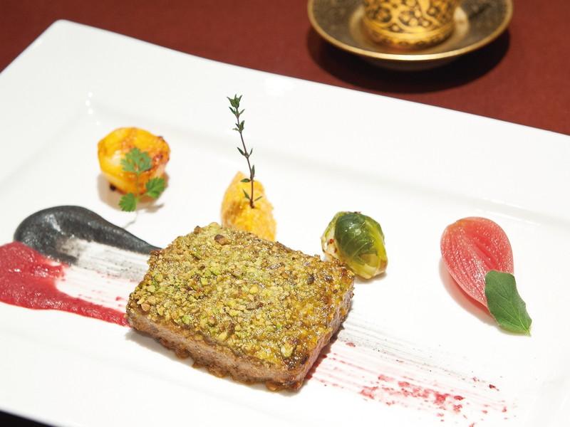 #5|羊料理の魅力を味わえる店① 「Burgaz Ada麻布十番」「Tharros」「PINK CAMILA」