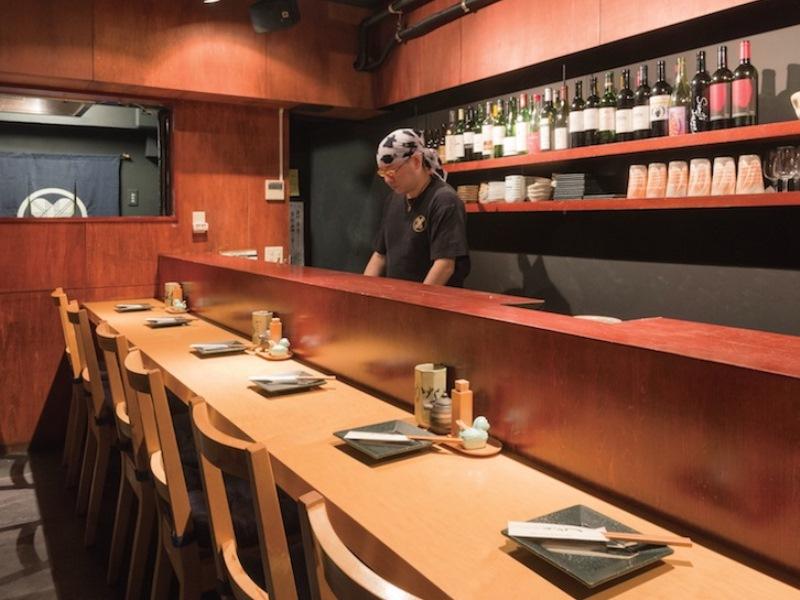 東京「和食とワイン」の名店|閑静な住宅街に佇むワイン好きが集まる焼鳥店「焼鳥かなめ」ー緑が丘ー