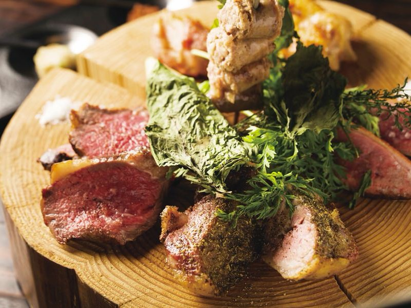 """#19 肉が食べたい日はココへ。""""ニクラシイ""""料理が満載[SHUNGOURMAND]八丁堀"""