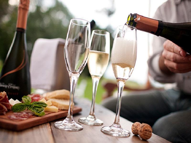 世界のスパークリングワイン100種類を楽しめる「TOKYO Sparkling Fes 2017」開催
