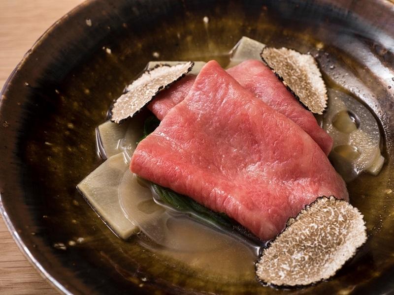 """""""五感""""で味わう至極の割烹料理。西麻布に和牛割烹「上」がオープン"""